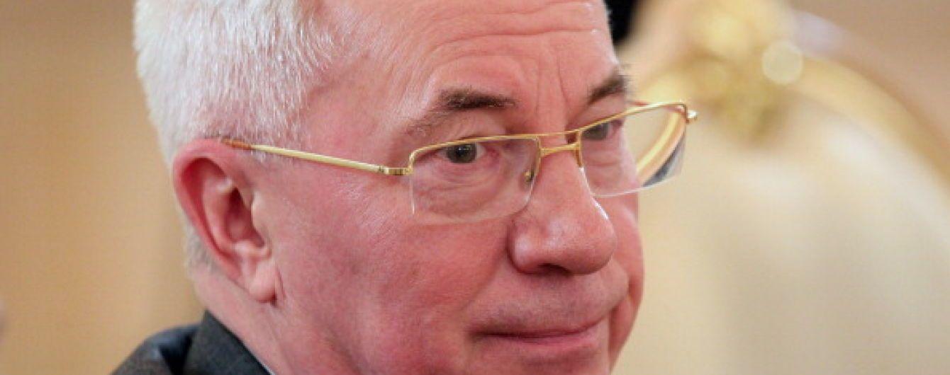 """Азаров и цирк-шапито. Зачем Кремль собирает своих """"шестерок"""" в новую конструкцию"""