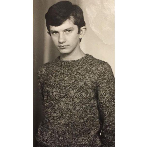 """Фанат Кузьмы """"Скрябина"""" поделился его раритетными фото в юности"""