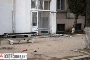 В Івано-Франківську через ревнощі до дружини чоловік підірвав себе гранатою біля пологового будинку