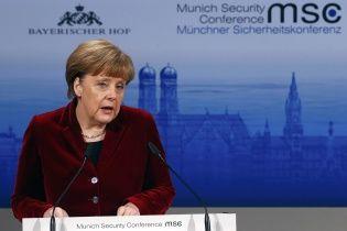 Меркель ответила на письмо матери Надежды Савченко