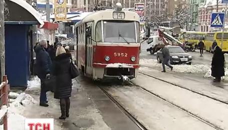 В Киеве подняли тарифы на коммунальный транспорт