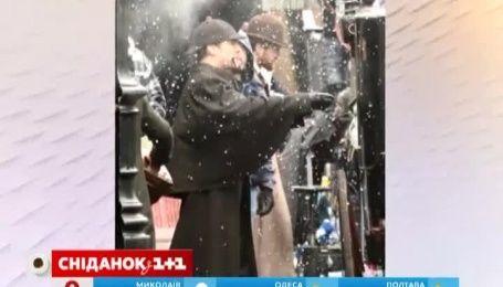 """Звезды сериала """"Шерлок"""" примеряли наряды Викторианской эпохи"""