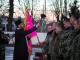 Чтобы провести воинов в дальнюю дорогу, на плацу собрались военные, представители власти, духовенства, родные бойцов.