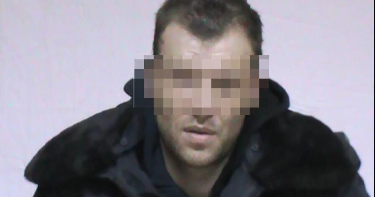 """""""Охотника"""" на экс-офицера ФСБ РФ, вступившего в """"Правый сектор"""", бросили в тюрьму"""