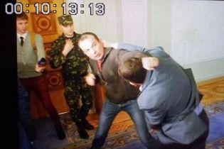 Появилось видео драки Соболева и Ивченко в Раде