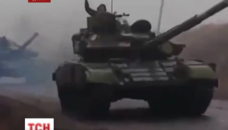 Во время переговоров о мире на Донбасс зашла большая колонна российской техники