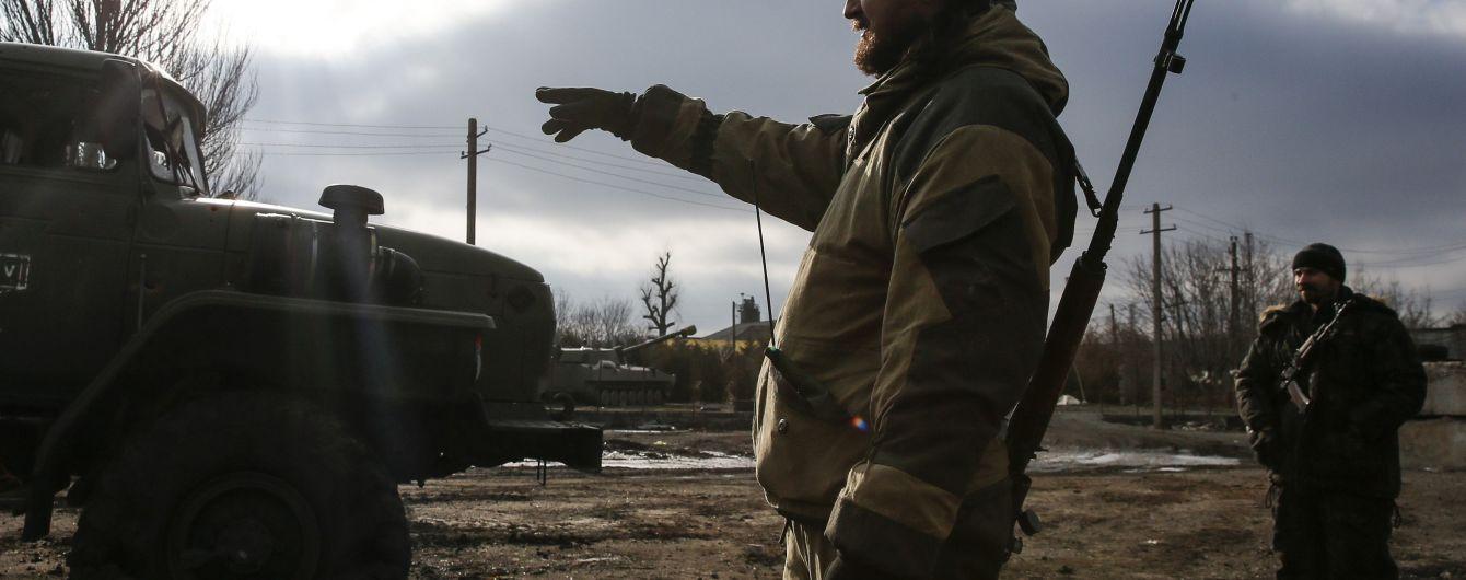Російські військові на Донбасі погрожують підірвати танки, якщо їм не виплатять зарплати - розвідка