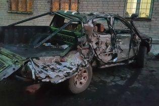 Бойцы АЗОВА уничтожили российский танк на Mitsubishi L200 (видео)