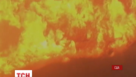 В США с рельсов сошел поезд с нефтью, жители ближних городков эвакуированы