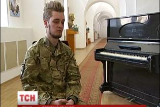 """Боец """"Донбасса"""" смог выжить в плену у боевиков благодаря музыке"""