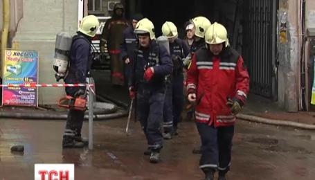 125 пожежників гасили будинок в центрі Києва