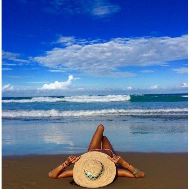 Звезды пляж топлесс 51
