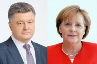 Порошенко и Меркель убеждены, что Савченко и все украинские заложники должны быть освобождены