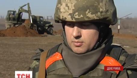 Под Мариуполем боевики круглосуточно стреляют по нашим военным