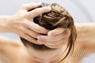 Как восстановить посечённые кончики волос