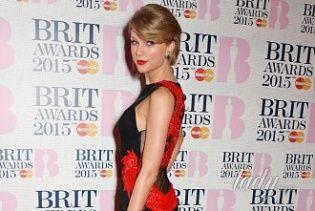 Звезды на красной дорожке церемонии BRIT Awards-2015