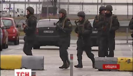 """В аэропорту """"Борисполь"""" сегодня провели масштабные учения на случай теракта"""