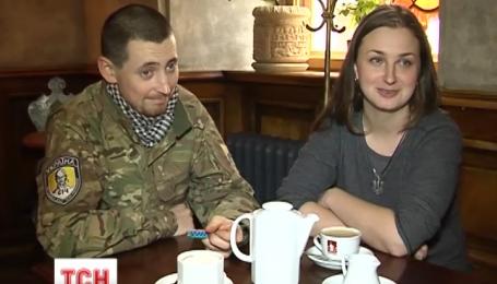 Дівчина поїхала воювати на Донбас услід за коханим