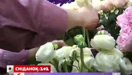 Украинские мужчины оптимизируют расходы на подарки к 8 марта