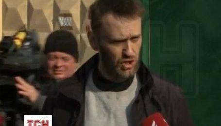 Навальный после выхода из СИЗО пообещал поехать на могилу Немцова