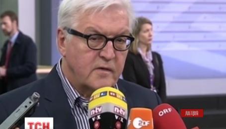 Європейці нагадують про подальші санкції