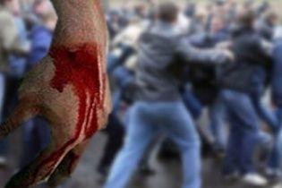 На Житомирщині представники банку та агрофірми влаштували смертельну бійку через зерно кукурудзи