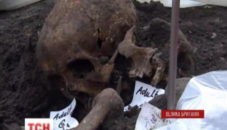 В Лондоне археологи извлекут из земли останки 3 тысяч жертв чумы
