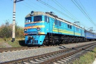 В пассажирском поезде на Николаевщине загорелся локомотив