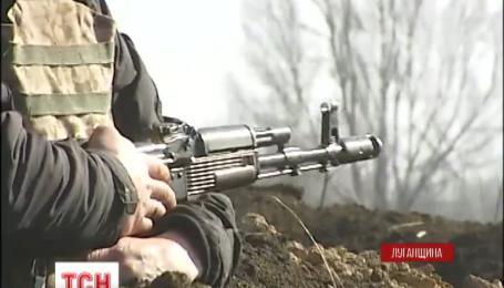 Поблизу населеного пункту Кримське наших бійців ворог обстрілював із АГС