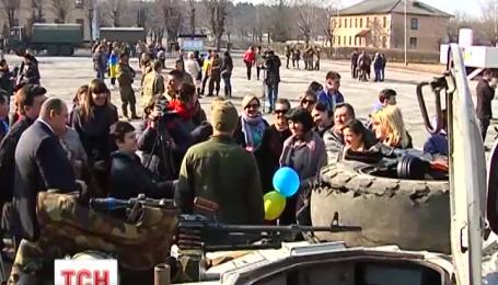 В Житомир на ротацию вернулись киборги с 95 бригады