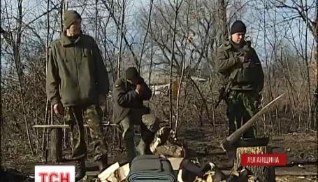 Поблизу населеного пункту Кримське наших бійців ворог обстрілював зі станкових гранатометів