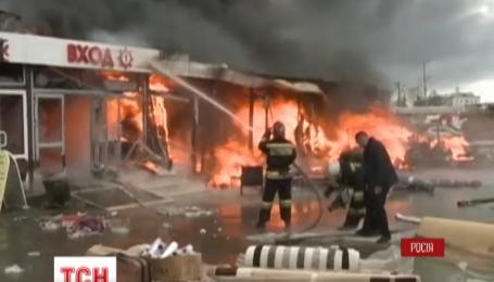 Рятувальники почали розбирати завали торговельного центру Адмірал у Казані