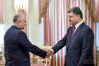 Экс-глава СБУ Смешко стал внештатным советником Порошенко