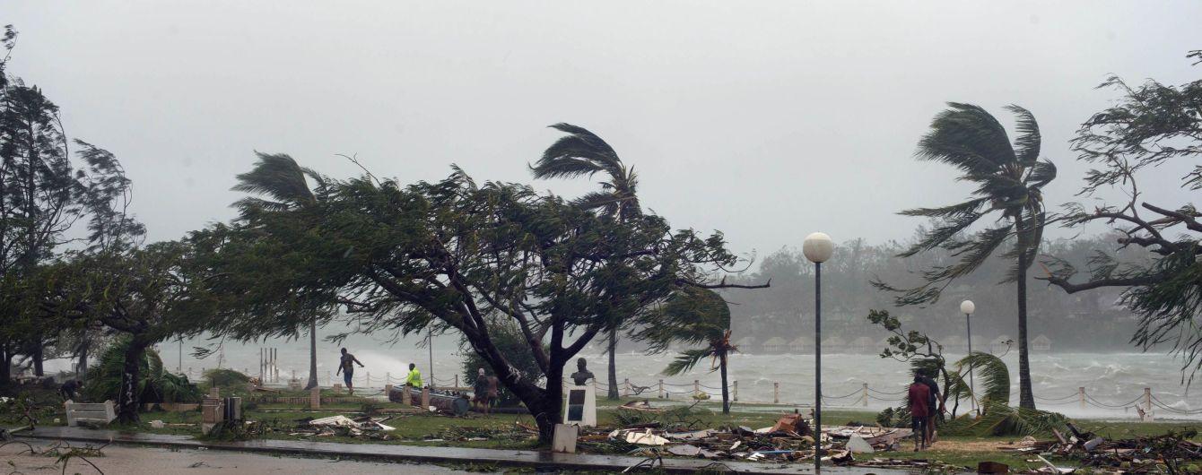 На крихітну країну в Тихому океані насувається руйнівний ураган
