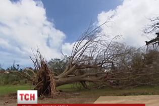 Мощный циклон почти стер с лица земли островное государство в Тихом океане