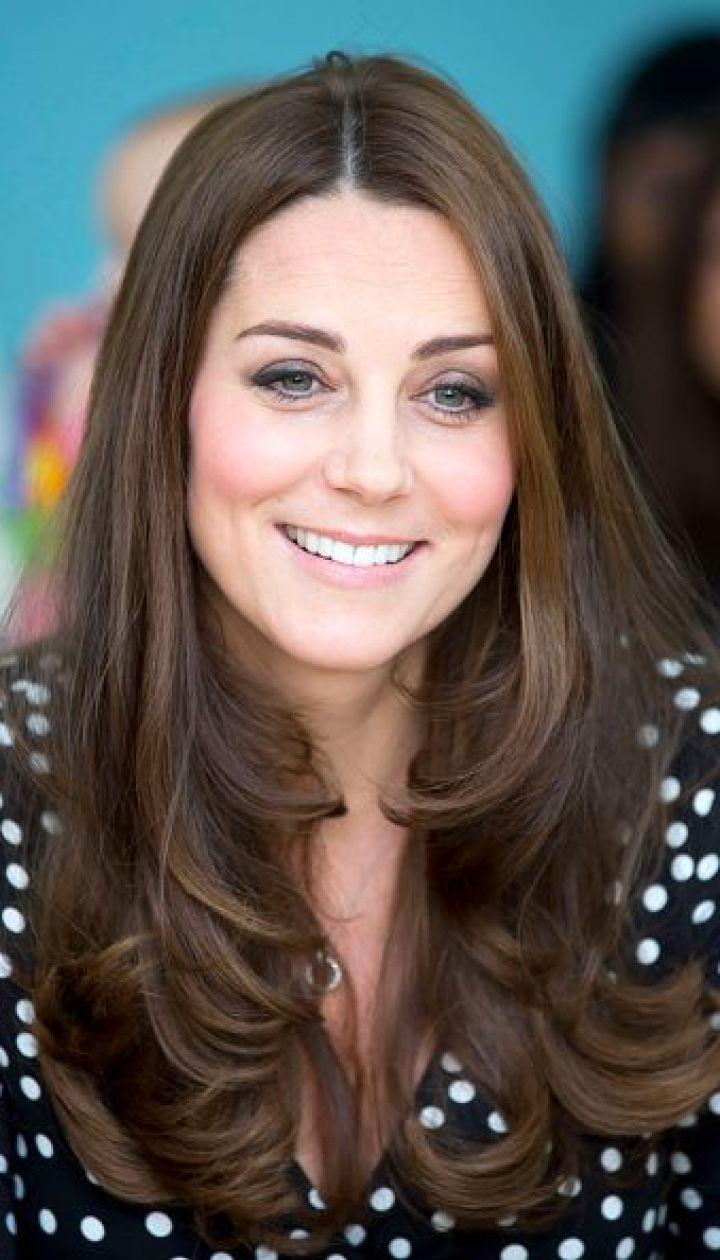 Герцогиня Кембриджская Кэтрин в Brookhill Children's Centre @ Getty Images/Fotobank
