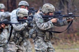 Американские военные в ближайшее время начнут тренировать бойцов Нацгвардии - Байден