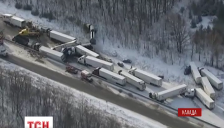 В Канаде в провинции Онтарио столкнулись полсотни автомобилей