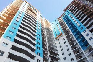 """ЖК """"Приозерний"""" - сучасний 25-поверховий житловий комплекс біля мальовничого озера Жандарка"""