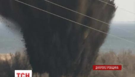 На Днепропетровщине обезвредили 500-килограммовую авиабомбу