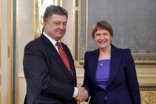 Порошенко із заступницею генсека ООН обговорив введення миротворців на Донбас