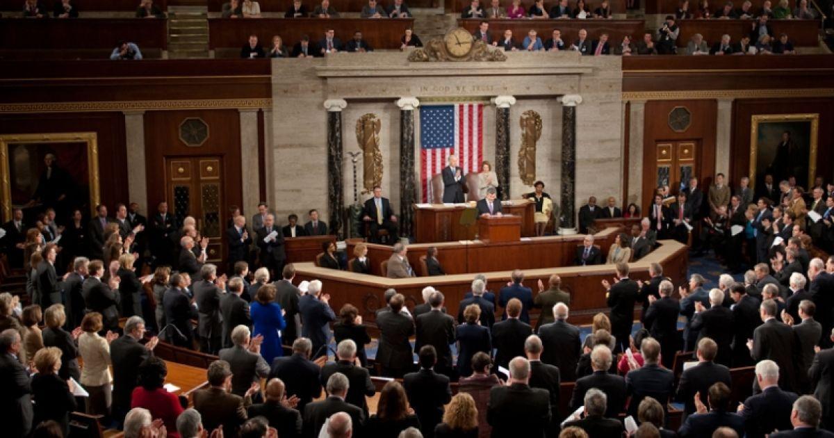 В США приняли проект бюджета, который предполагает $ 300 млн на оружие Украине
