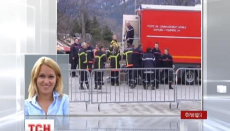Во французских Альпах продолжаются поисковые работы на месте катастрофы Airbus A320