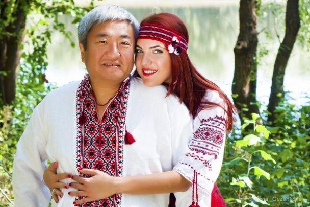 Скандальный мэр Запорожья пожаловался, что живет в элитном доме 19-летней подружки