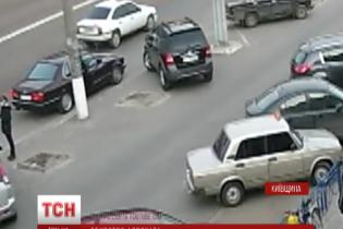 Киевского адвоката нашли замученным в поле после дерзкого похищения