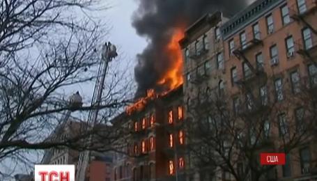 19 человек получили ранения из-за мощного пожара, вспыхнувшего в Нью-Йорке