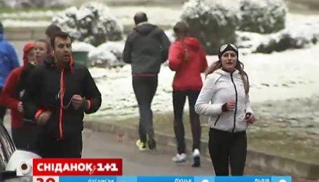 Киевляне начали тренировки перед марафоном ради детей с ДЦП