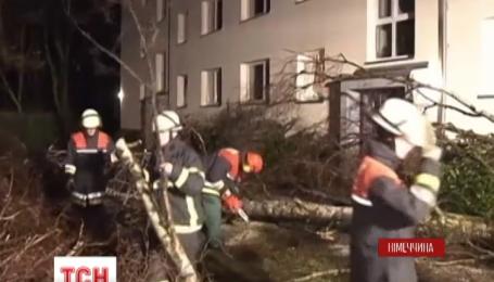 У Німеччині лютує буревій