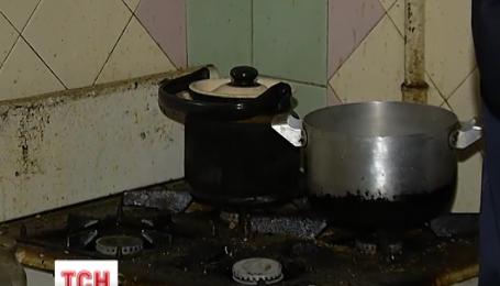Киевлянин пытался свести счеты с жизнью с помощью газовой плиты