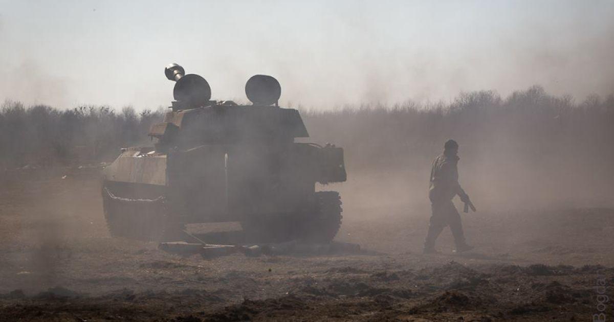Высший админсуд не будет обязывать Порошенко вводить военное положение